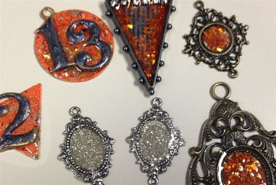 How To Make Resin Jewellery At Home