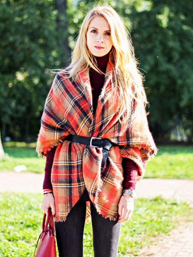 Give a twist to your scarf street looks with these ideals