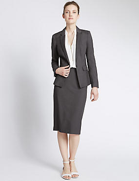 Suits  M&S