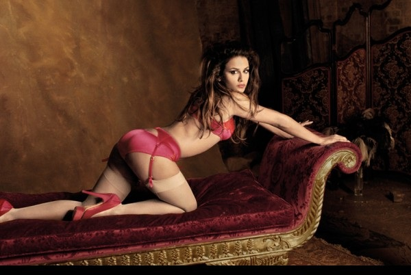 Why women love indulging in lingerie shopping