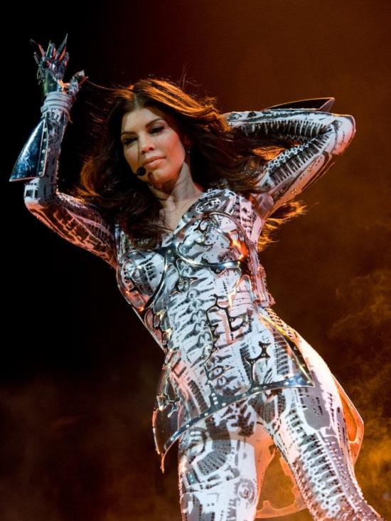 Fergie Wearing A 3D dress
