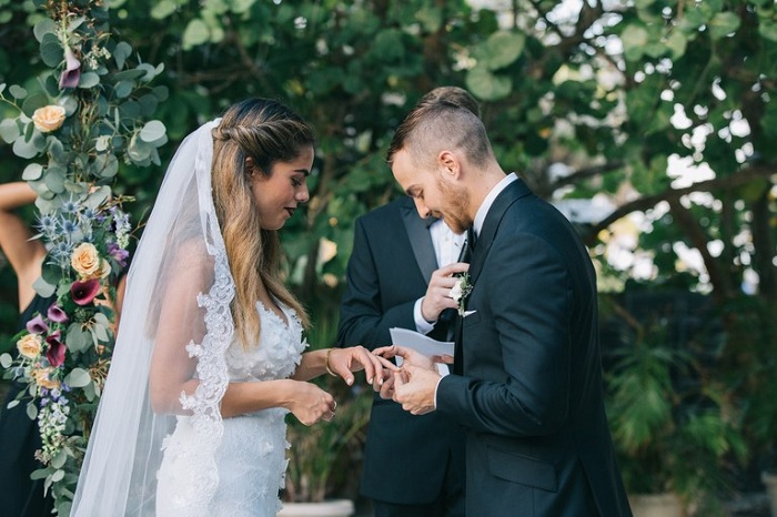 Wear A Monkey At Your Next Wedding! Tips And Advice
