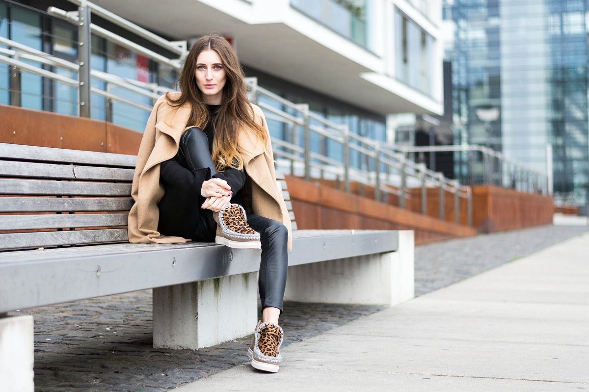 Mou Boots: The Coat for Your Feet