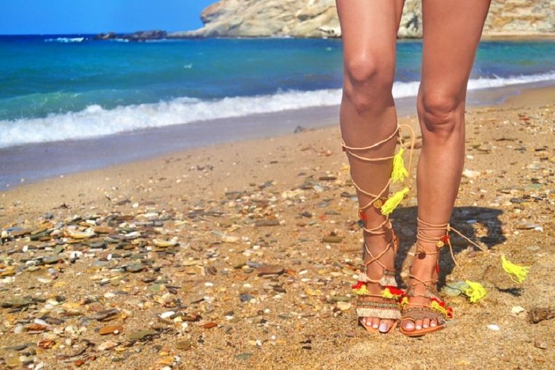 Which Greek Sandals To Choose For The Summer?