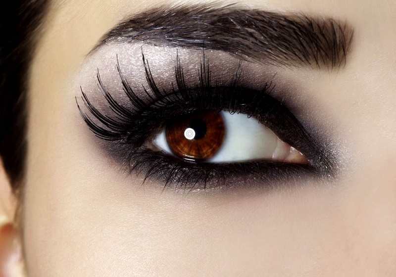 How to make up your eyes?